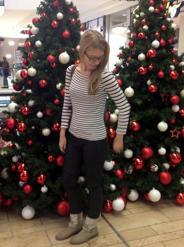 Streifen und Weihnachtsbaum