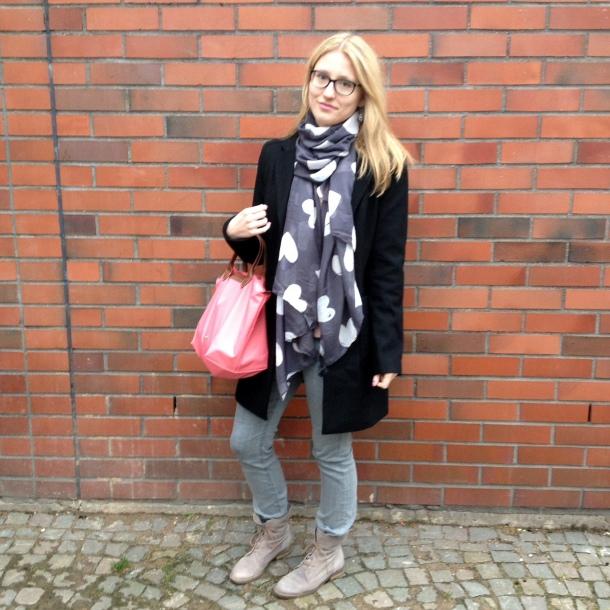 Outfit Longchamp und Esprit Mantel