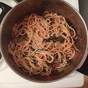 Simpel&lecker: Spaghetti mit Spinat-Tomatensauce