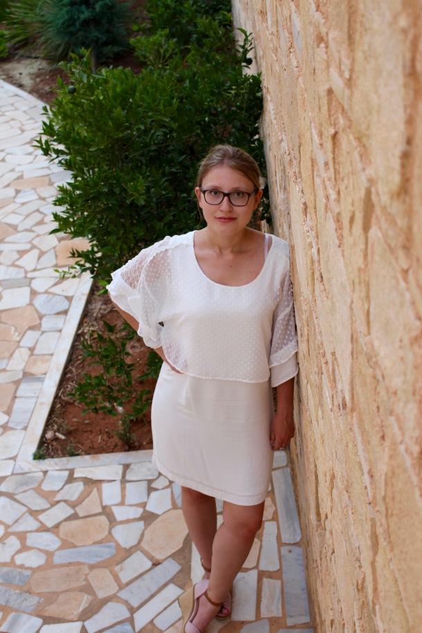 White Dress2.jpg
